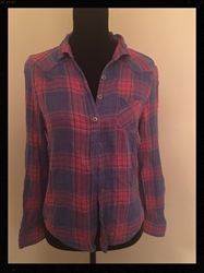 Pink and Blue Checked or Plaid Blouse by Mudd, Size Medium, Long Sleeves Free Shipping Pink and Blue Checked or Plaid Blouse by Mudd, Size Medium, Long Sleeves